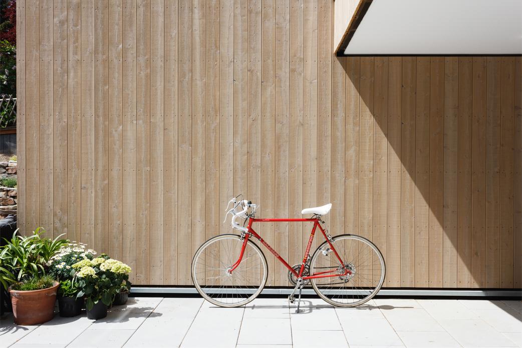 Vorvergraute Holzfassade